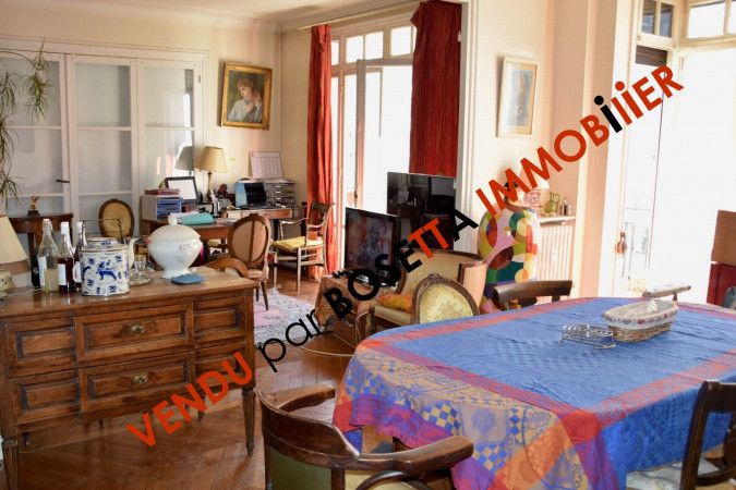 Photos n°2 : Appartement 3 chambres PARIS 17